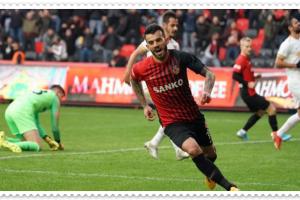 Gaziantep FK'li Güray Vural